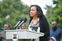 Nakuru Senator Susan Kihika addresses the media after a meeting with Deputy President William Ruto at his Karen residence. |Photo| Courtesy|